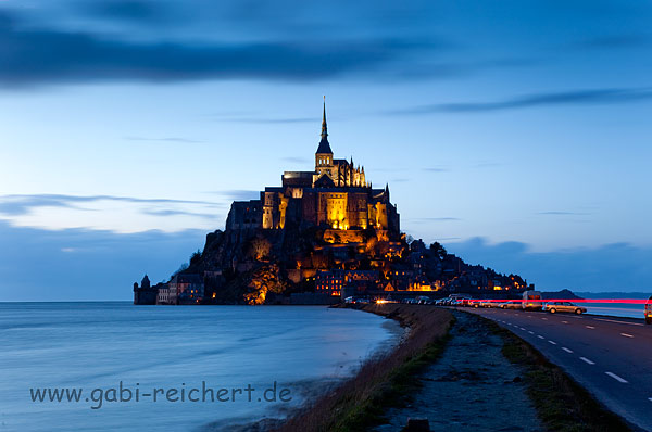St Michel in Regennacht
