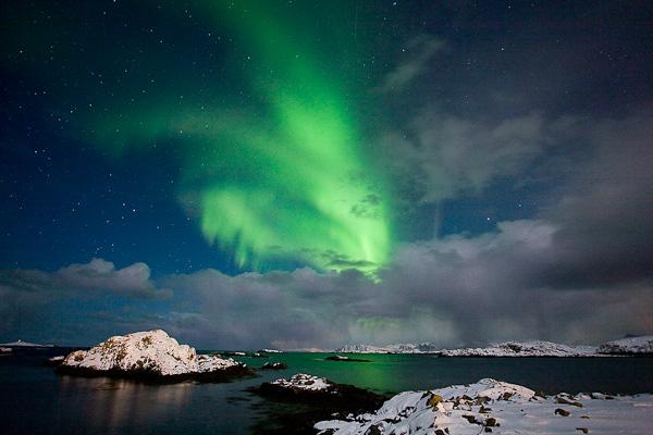 Nordlicht über Sto, Aurora Borealis, Vesteralen, Norwegen