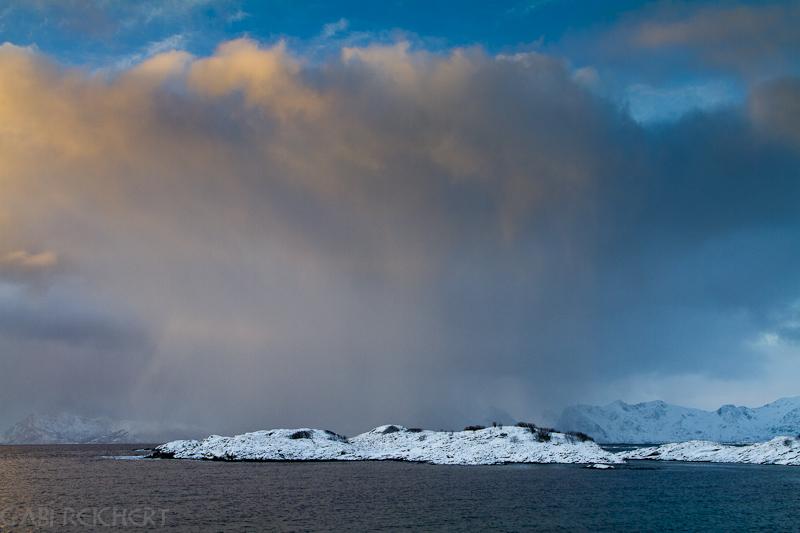 Schneereiche Wolken