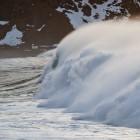Hohe Wellen in Unstad und Nordlichter vom Feinsten