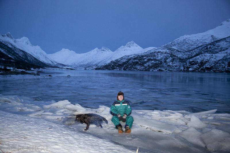 Tor Andreas LilleVi und Hündin Sita im Olderfjord