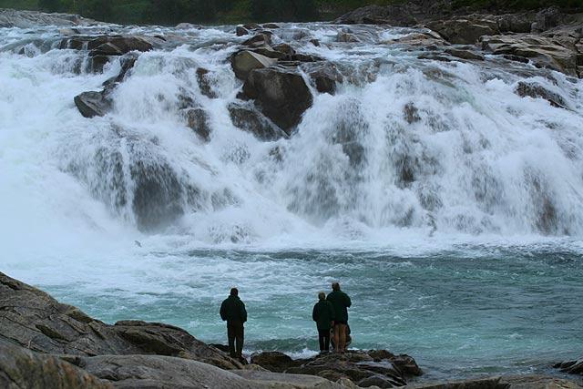 Der Laksfossen in Norwegen. Belichtungszeit 1/45, ohne Filter, Canon D 60