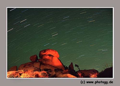 Sterne in Yoshua Tree National Park, Belichtungszeit, ca. 30 Minuten