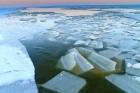 Eis im Hafen von Hvide Sande