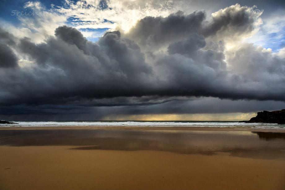 Regenwolke über Donnant, Belle Ile