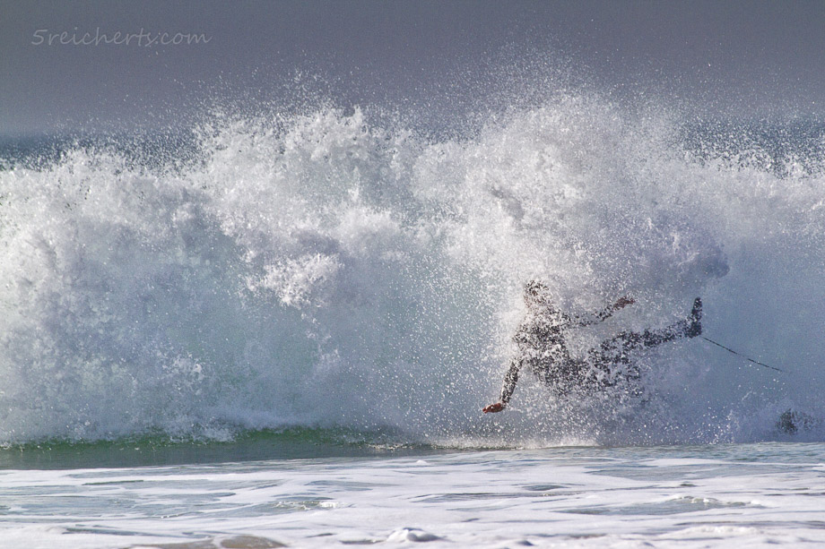 Surfer in den Wellen, Donnant, Belle Ile