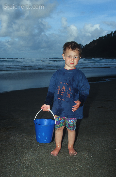 Amy am Hot Water Beach - da gibt es eine heiße Quelle unter dem Sand!
