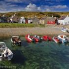 farbenfroher Hafen, Schottland