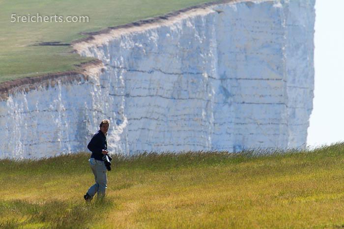 Gabi vor der Steilküste, England