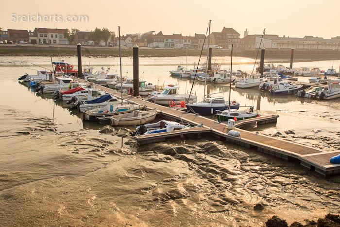 Idyllisch - Boote im Matsch! Graveline, Frankreich
