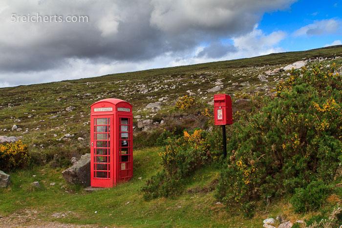 eine Telefonzelle im Nirgendwo