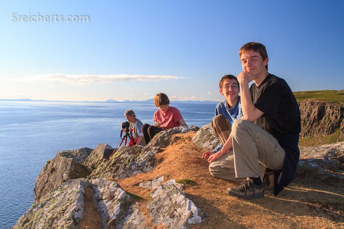 wir oben auf dem Hügel auf der Leuchtturmhalbinsel