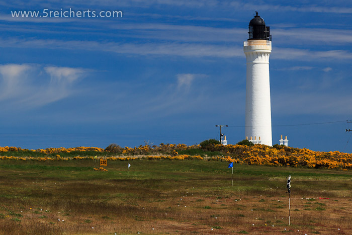 Lighthouse bei Lossiemouth mit Golfbällen