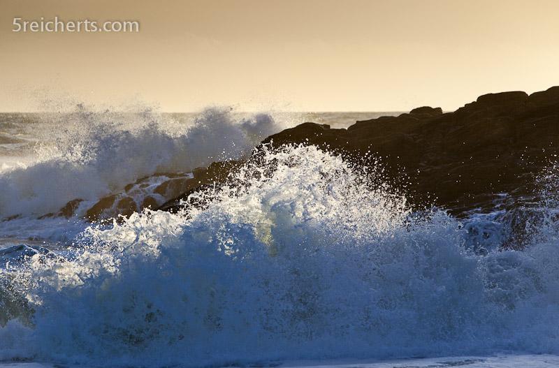 Wellen an der Cote Sauvage