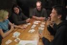 Kartenspielen mit Freunden