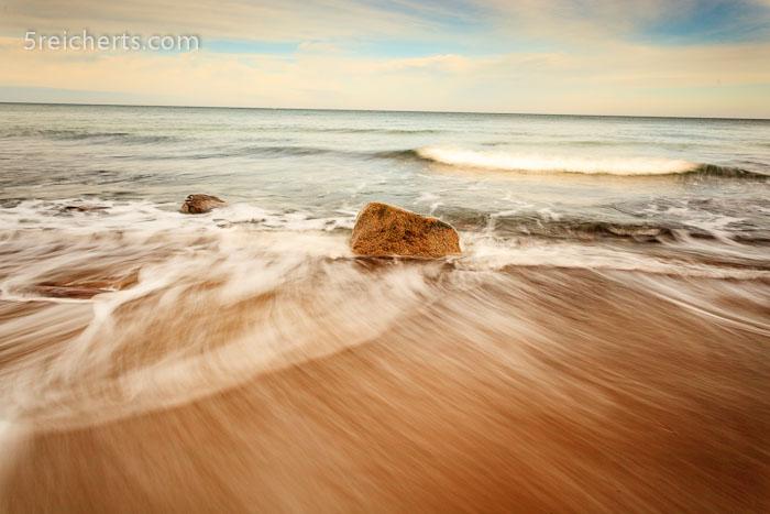 Wellen am Sandstrand, Kreptitzer Heide, Insel Rügen