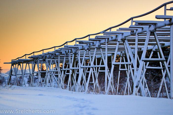 klebriger Schnee nach dem Sturm, Lofoten