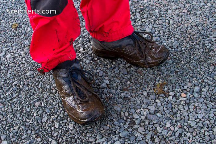 Esra Kuhdung Füße