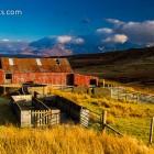Farm und Cuillins im Abendlicht