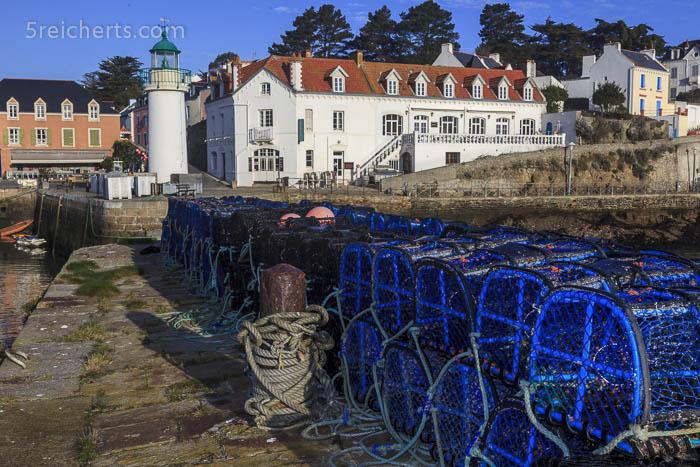 Hummereusen im Hafen von Sauzon, Belle Ile, Bretagne