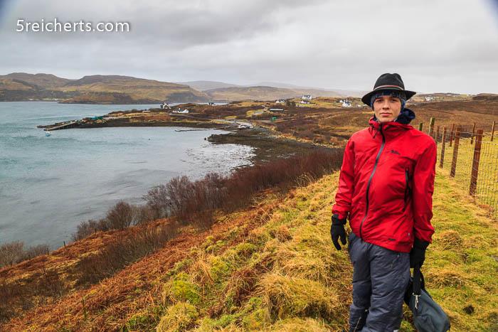 Esra bei der Wanderung
