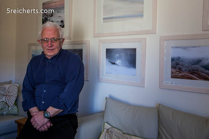 Jon Pear in seiner Galerie