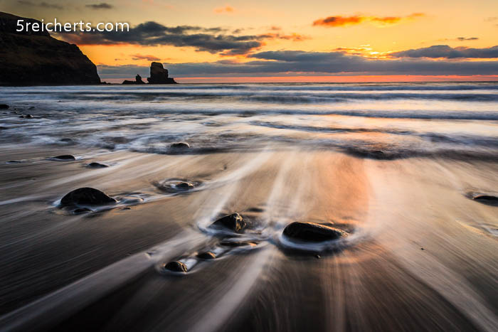 Wellen und Felsen, Isle of Skye