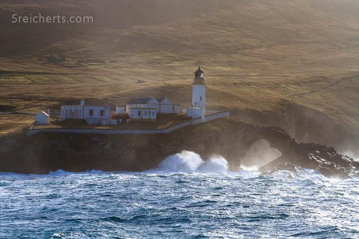 erste Aussicht vom Schiff, unsere Unterkunft auf Shetland!!
