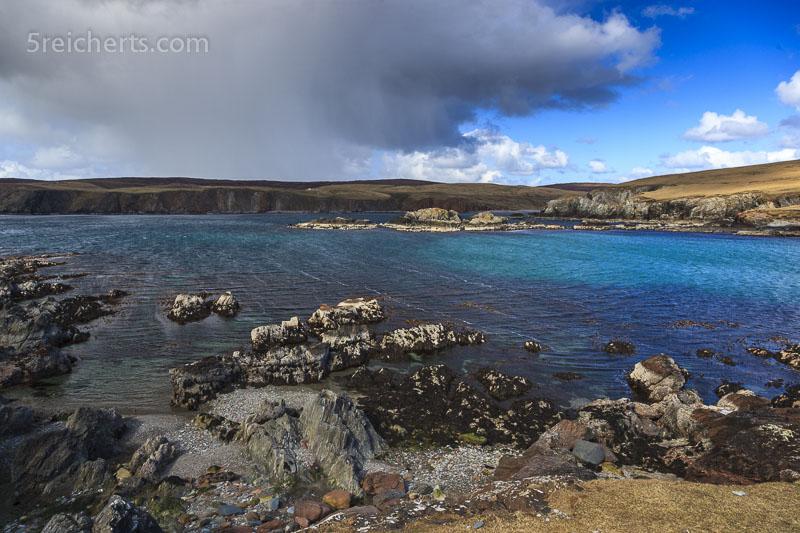 der Schneeschauer kommt auf uns zu, Shetland