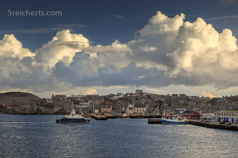 Lerwick mit Bressay Fähre, Shetland