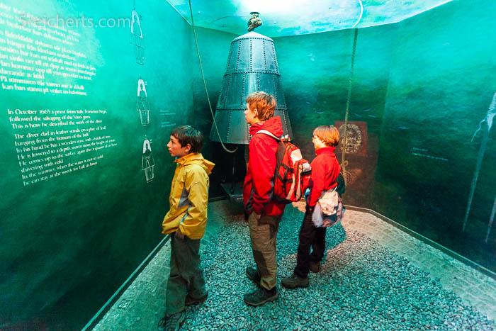 Unsere damals noch kleinen Kids im Museum