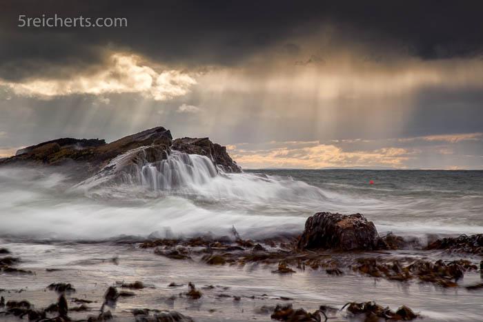 Küste und Regen, Schottland