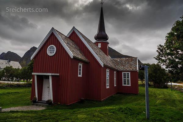 Kirche bei Flakstad
