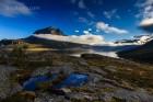 Wolkensteifen und Berge