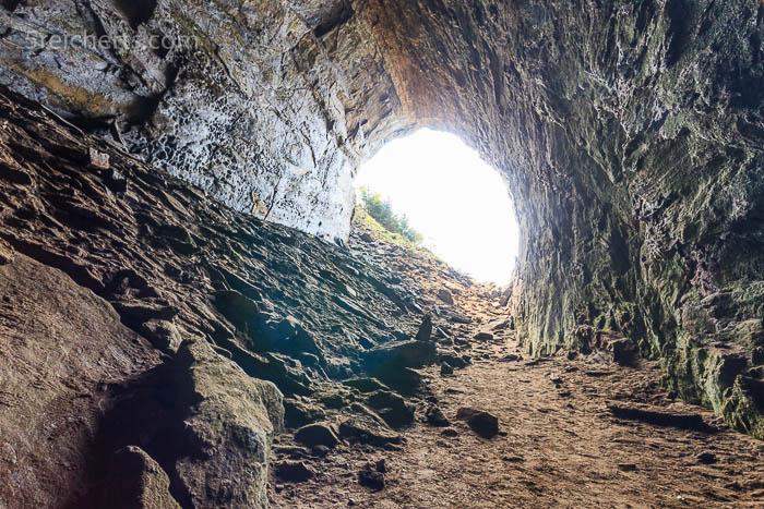 Das Licht am Ende der Grotte