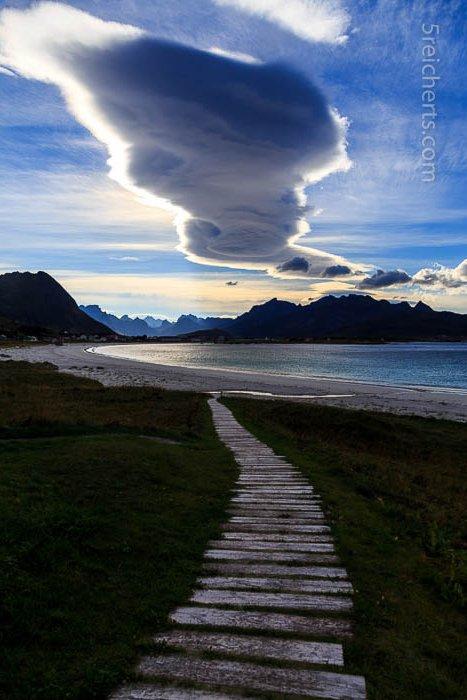 Ramberg Strand und Wolke