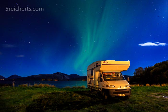 Unser Mobil in der Nordlichtnacht