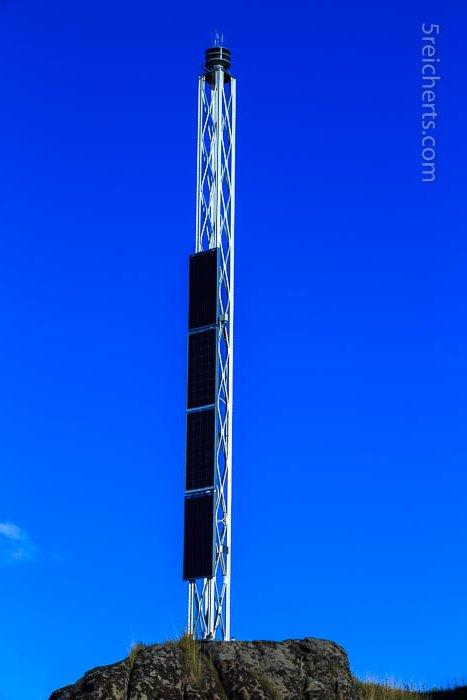 So sehen Leuchttürme heute aus! Nicht hübsch aber energiebewußt und selbständig
