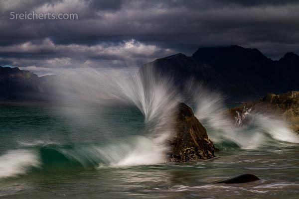 spritzende Wellen