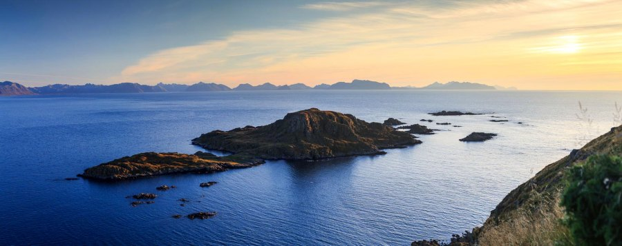 Litløy Fyr Island