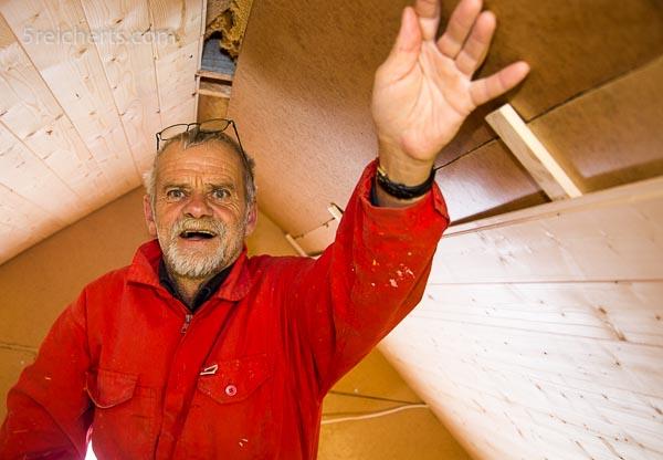 Josef aus Südtirol hilft im Bootshaus
