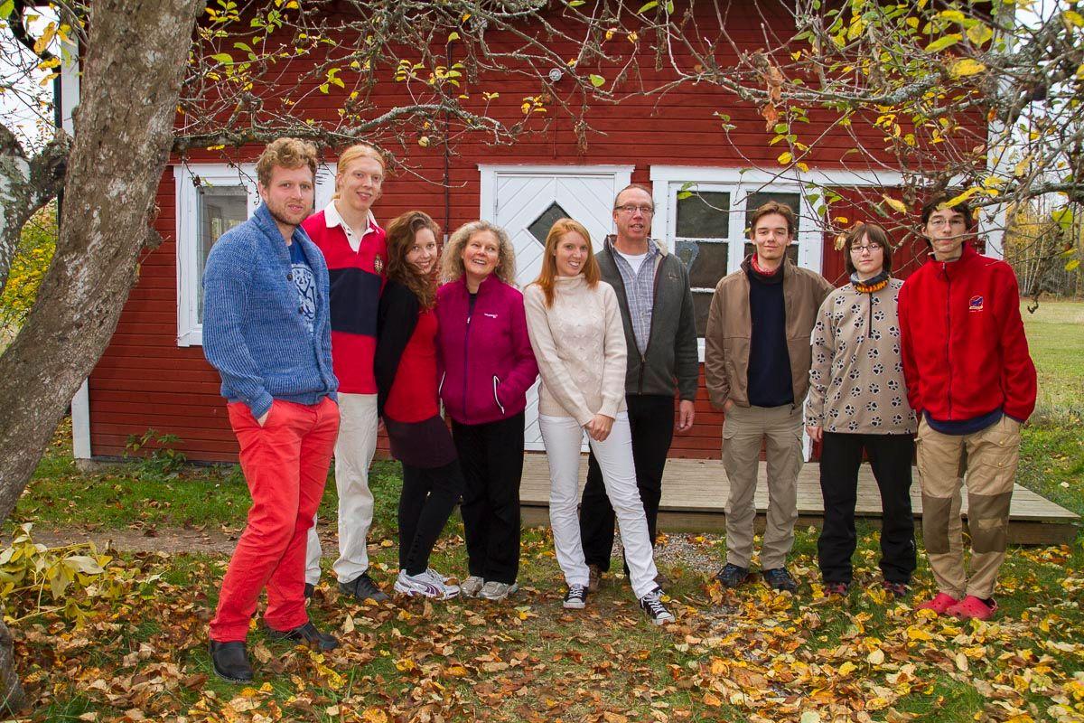 Ein älteres Bild, aber es müssen mal alle im Blog sein! (also fast alle...) Jake, Aron, Aurora, Maria, Viktoria, Magnus, ich, Amy und Noah!