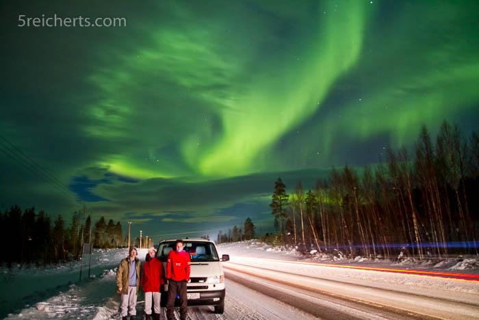 Nordlicht lenkt beim Fahren ab