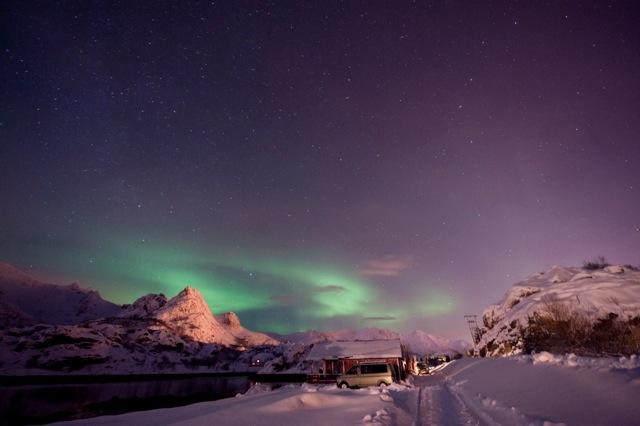 Nordlicht über dem Campingplatz