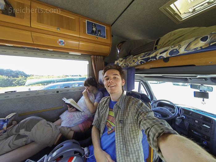 Selfie - Esra im Wohnmobil