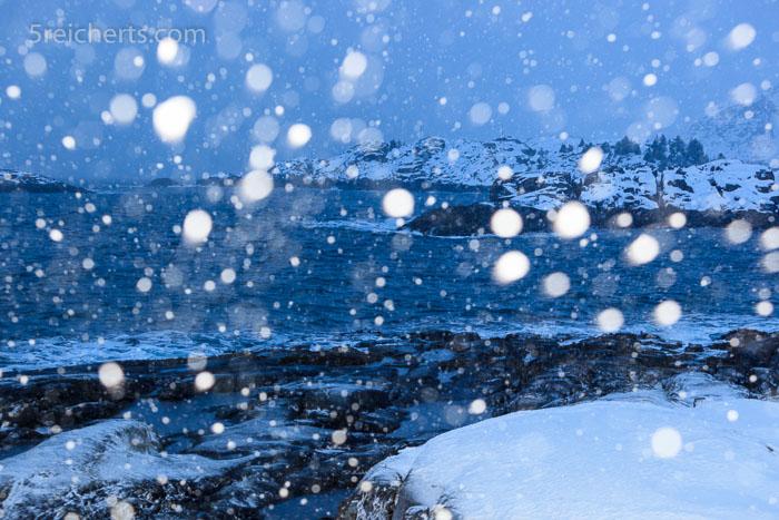 Schneefall mit Aufhellblitz