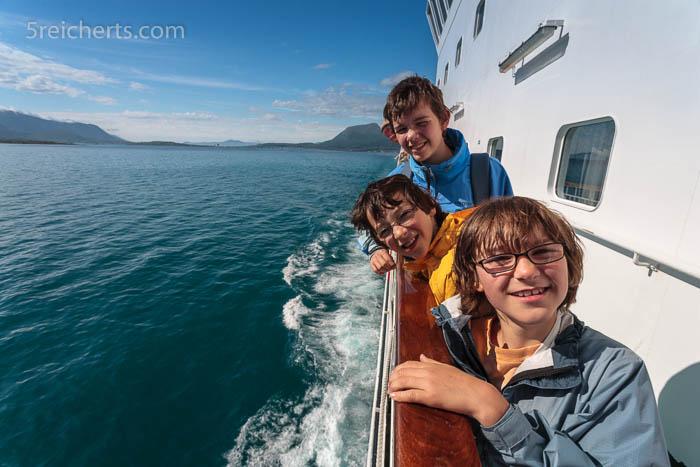 Die drei Reichert Kids auf der Hurtigrute