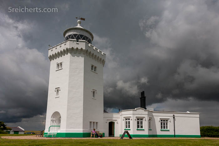 Regenwolken über dem South Foreland Lighthouse
