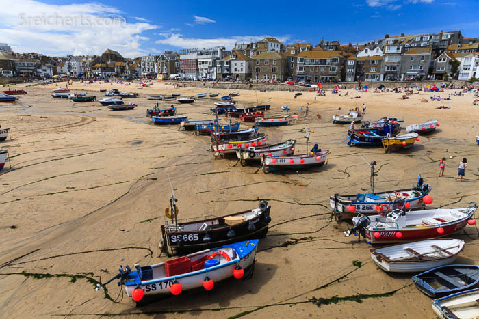 Boote bei Ebbe, St Ives, Cornwall