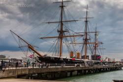 Im Hafen von Portsmouth – hier Historic Dockyards